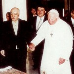 Fethullah_Gülen_visiting_Ioannes_Paulus_II